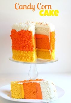 Candy Corn Cake | #fall #autumn #halloween #treats