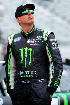 Kyle Busch - my 2nd fave driver in NASCAR (: