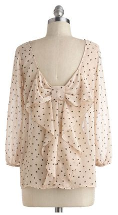 sweet bow blouse http://rstyle.me/n/c7534n2bn