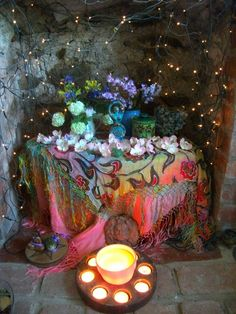 Beltane altar ~ from Moonroot a very nice blog ~ Paganism, Permaculture & Poultrykeeping on a Welsh Hillside