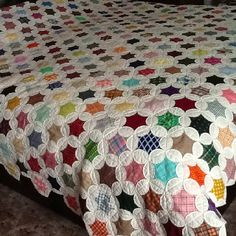 My Star Window quilt that is all hand pieced and quilted by me Mim Miller. It has 483 blocks.
