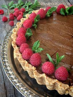 Raw Chocolate & Caramel French Silk Pie (Nut Free)