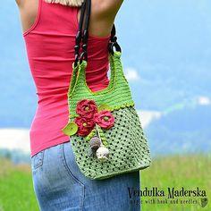 beutiful red poppy bag from Vendula Maderska
