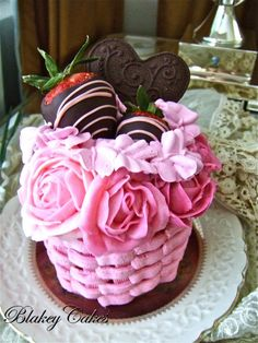Sweetheart mini cake by BlakeyCakes