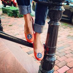 Dress up your tootsies with the Anchor Shoe Clip! #SwellCaroline #Preppy #Nautical