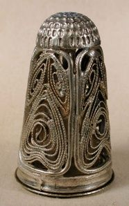 Google Image Result for http://thimbles.zzl.org/Filigree_files/9.jpg