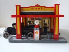 Shell Art Deco Gas Station - Front by ER0L on Flickr.