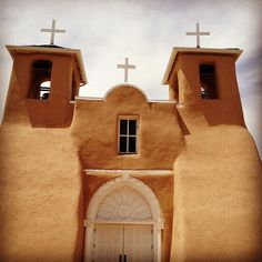 San Francisco de Asis Mission Church Rancho de Taos New Mexico Ansel Adams Georgia OKeefe Adobe Spanish Architecture