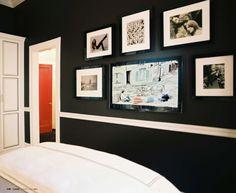 Like the black walls here with the bright white trim #wallandtrim