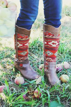 Aztec Boots | IHOD // Cute style for fall // #inhonorofdesign #fallfashion