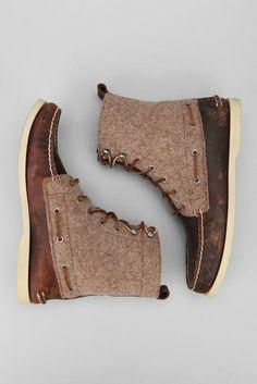 tweedy boots.