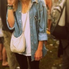 cute laid back outfit for a concert. @Zane Apsite Nield  you are soo pretty. Love your profile pic