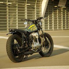 KAWASAKI W650 - GENTLEMENS FACTORY / COMETE MOTORCYCLES - BIKEEXIF