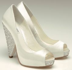 These look more comfortable than your traditional wedding shoe, looks like there's more support on the heel...