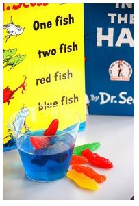 I wish I had seen this BEFORE Dr. Seuss' birthday! Adorable snack and fun activity.