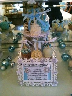 Caramel apples at a Winter Wonderland Party #winter #caramelapples