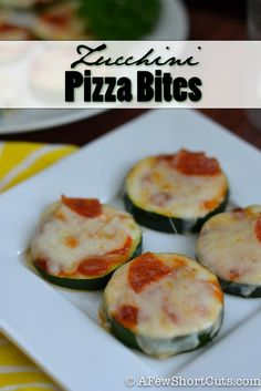 Great for game day, or just for a healthy snack! Try this easy Zucchini Pizza Bites #Recipe #glutenfree