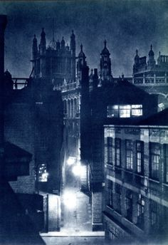 London. Ph: Harold Burkedin. From his book with John Morrison, 'London Night' (1934)