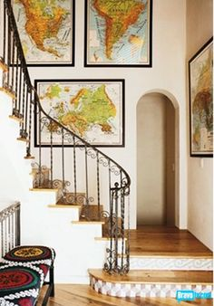 decor with maps