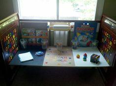 Turned a baby crib into an child art desk... Crafts Ideas, Art Desks, Diy Desks, Martha Craftsy, Cribs Desks, Child Art, Bural Nabot, Craftsy Waftsi, Baby Cribs