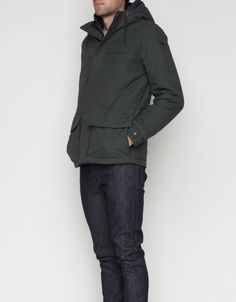 Midweight hooded jacket from US Military supplier Spiewak & Sons.