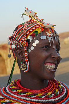 Africa    Rendille (Chalbi desert) beadwork    © Rita Willaert