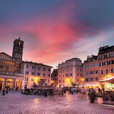 piazza santa, rome italy, favourit neighbourhood, trastevere rome, travel tips