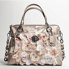 This is the ugliest bag I have ever seen.