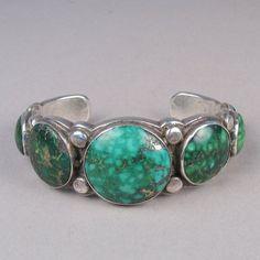 Bracelet with round green turquoise stones c. 1940