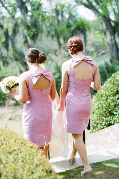 Love the back of these bridesmaid dresses!