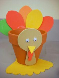 Thanksgiving Kids' Craft: Turkey Treat Holder