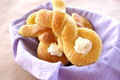 Beautiful bunny buns for an Easter brunch!