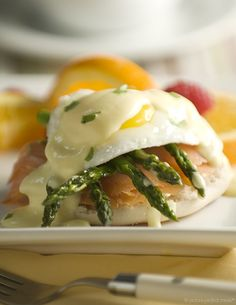 Asparagus and Smoked Salmon Eggs Benedict
