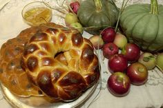 Recipe: Joan Nathan's favorite challah || Photo: Linda Spillers for The New York Times