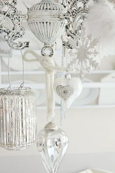 winter, mercury glass, silver, white christmas, shabby chic decorating, mercuryglass, decorations, glass ornaments, christmas ornaments