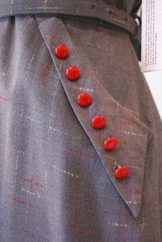 Vintage 1940's Dress // Fun button detail!
