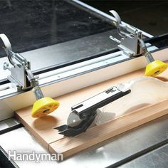Hold-down rollers These rollers clamp the board against the table and fence while you run the board through a table saw or router.
