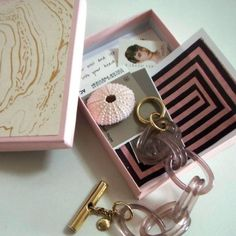 neapolitan's pink paper box with gold marbelized paper