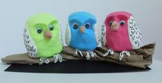Do you love the book Owl Babies by Martin Waddell? Then you'll love this kid friendly craft!