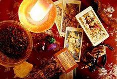 Gypsy Magic: Dark Moon Divination