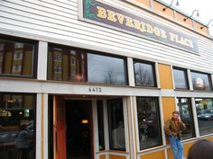 Beveridge Place in West Seattle - dog friendly pub and parlor