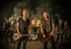 "Florida Georgia Line Debuts ""Stay"" Music Video"