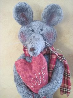 Valentine Mouse Love Mouse handmade mouse by RavenwoodWhimzies, $16.00