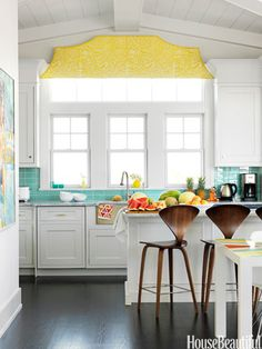 Green Gingham Accent - Colorful Kitchen Pictures - House Beautiful