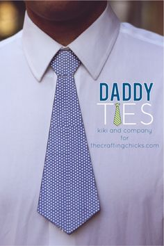 Printable Father's Day Daddy Ties.  Wait until you see what's on the inside of the tie! #fathersdaygift