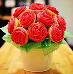 cupcake bouquets, bridal shower desserts, cupcak idea, dessert centerpieces, cupcak bouquet, parti idea, bridal showers