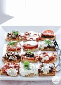 Mini Pizza - a delicious, easy, and gorgeous treat!