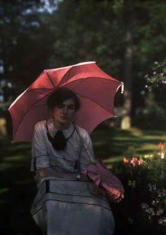 Color Photograph of Janet Laing, 1910, via Retronaut
