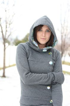 Cute hoodie w/ buttons