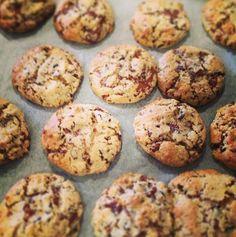Amazing Easy Chewy Chocolatey Choc Chip Biscuits (Cookies)   #CarmenEatJoy  #TheBiteSizedBaker